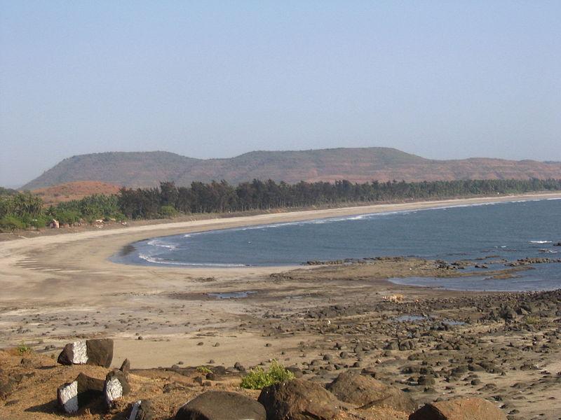 Kondivali beach near Shrivardhan
